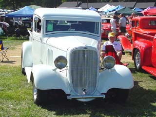 1938 Ford Truck >> PHOTO GALLERY OF OLD CHEVY AND GMC TRUCKS
